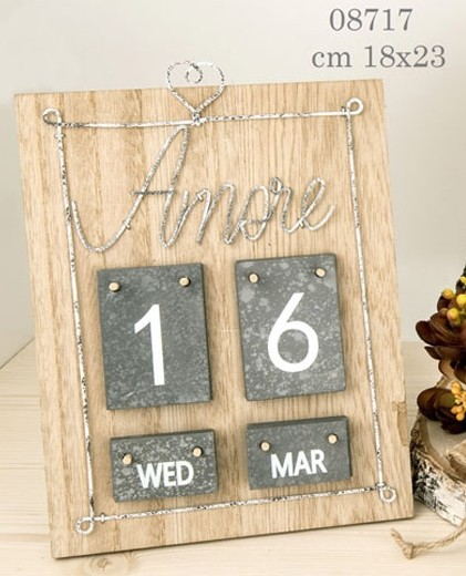 Calendario legno cuore 08717